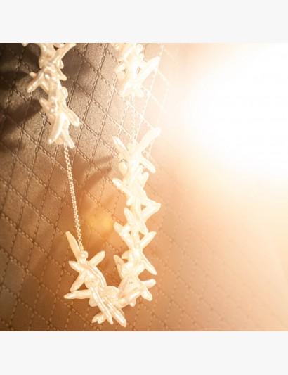 Außergewöhnlich auffällige Perlenkette