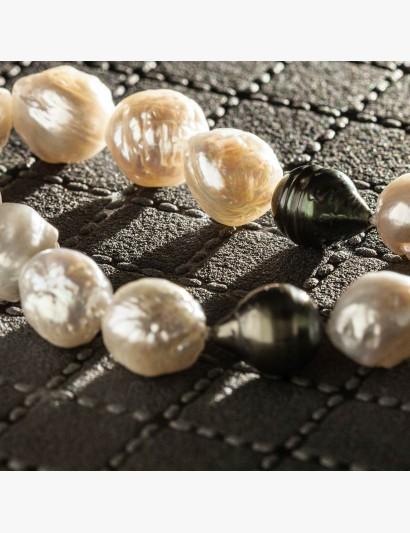Perlenkette mit und Tahiti- und Süßwasserzucht-Perlen