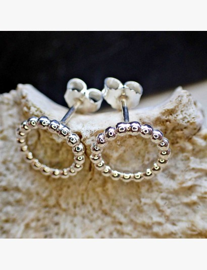 Ohrringe aus Kugeldraht - mittel
