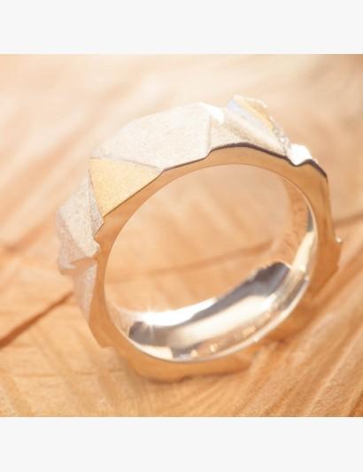 """""""Treppen""""Ring aus Silber mit gelbgoldenen Stufen"""