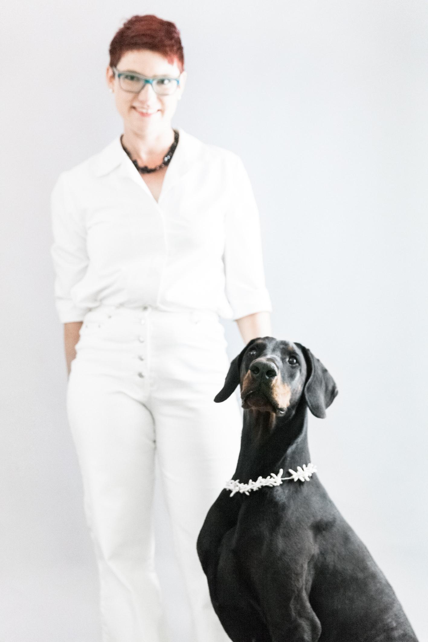 Brigitta von Grünberg mit Hündin Nari